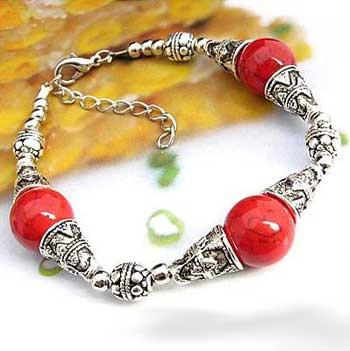 2714-bracelet-tibetain-en-corail-type-9