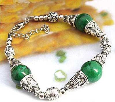 2713-bracelet-tibetain-en-malachite-type-9