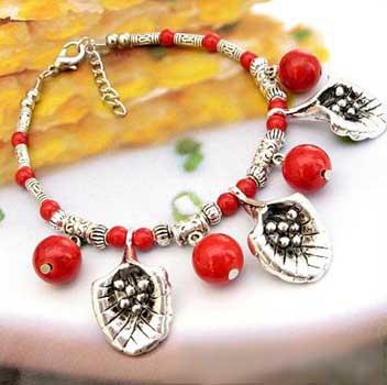 2449-bracelet-tibetain-en-corail-type-6