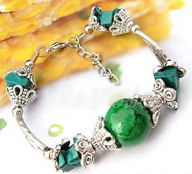 2445-bracelet-tibetain-en-malachite-type-5