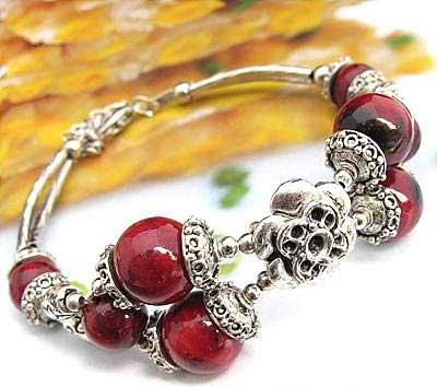 2435-bracelet-tibetain-en-corail-type-4