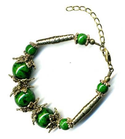 2432-bracelet-tibetain-en-malachite-type-3