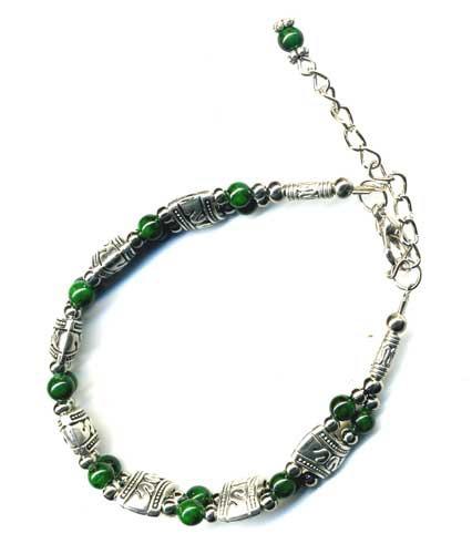 2419-bracelet-tibetain-en-malachite-type-1