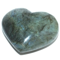 Labradorite en forme de coeur bombé 200 à 250g