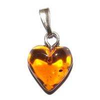 Pendentif ambre 10mm en petit coeur