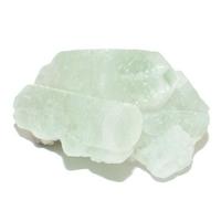 Apophyllite verte brute 25 à 30 mm