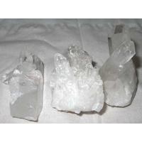 Cristal de roche en druse (Macle) de 30 à 40 mm