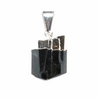 Pendentif Tourmaline noire pierre brute montage argenté