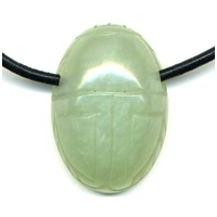 Collier jade de chine Scarabée et cordon cuir