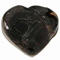 Pièce unique Septaria Sauvage polie en forme de coeur à poser de 1,1 kg