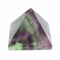 Pyramide en fluorite 30x30mm