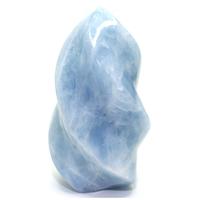 Pièce unique Calcite bleue polie, en bloc,  forme flamme, à poser de 1,42Kg