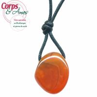Pendentif cornaline avec cordon