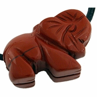 Pendentif jaspe rouge en éléphant 25 mm avec cordon
