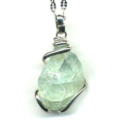 6228-pendentif-apophyllite-verte-stone-style