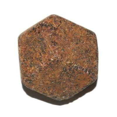 5947-grenat-en-cristaux-brut-de-20-a-30-mm