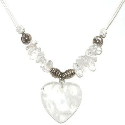 4121-collier-cristal-de-roche-coeur-clarte-et-prevenance
