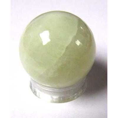 2669-boule-de-massage-en-jade-de-3-cm-avec-support-plexi
