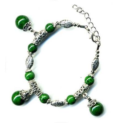 2426-bracelet-tibetain-en-malachite-type-2