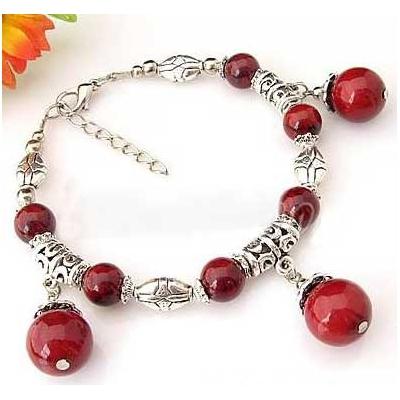 2425-bracelet-tibetain-en-corail-type-2