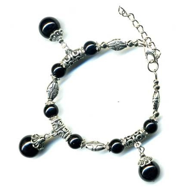 2420-bracelet-tibetain-en-onyx-type-2