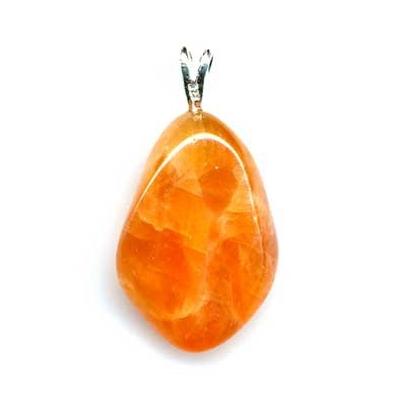 2267-pendentif-calcite-orange-extra-avec-beliere-argent