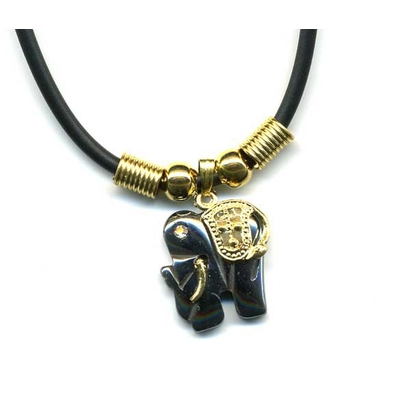 1883-collier-mini-hematite-elephant