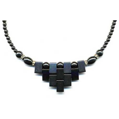 1650-collier-hematite-azteque
