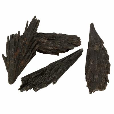 Cyanite-noire-du-Brésil