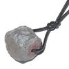 7764-pendentif-hematite-brute-avec-cordon