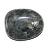 5286-larvikite-en-pierre-plate