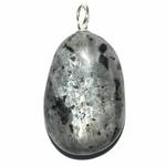 Larvikite en pendentif pierre plate