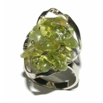 5071-bague-peridot-olivine-mosaique-grande-femme-stone-style