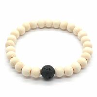 Bracelet-bois-naturel-et-perle-de-lave-1