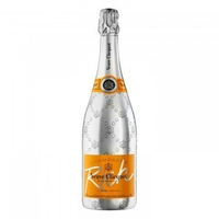 Do Rich Yourself - Champagne Veuve Clicquot
