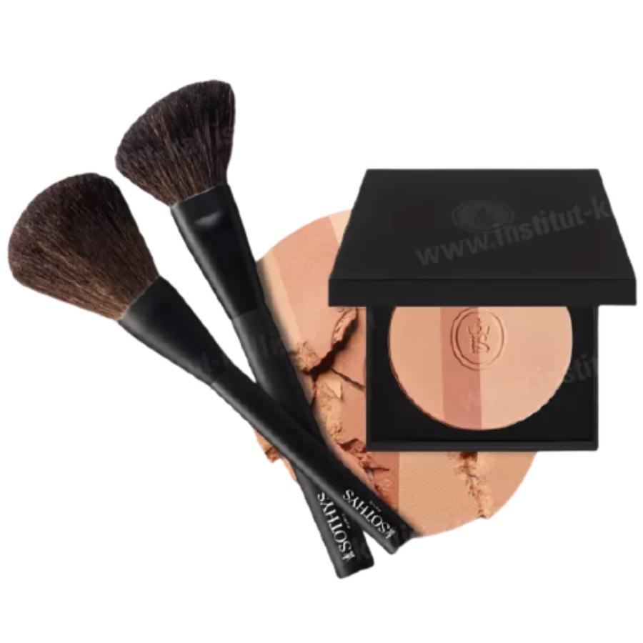 Pack bonne mine Sothys :  Trio enlumineur de beige et, au choix, pinceau blush ou pinceau poudre