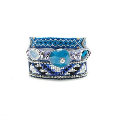 Breites Armband von Hipanema Wisteria in Blau