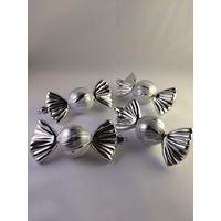4 boules de Noël bonbons gris silver