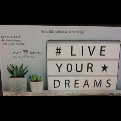 boite led lumineuse a message bo te led lumineuse message bo te led lumineuse messages a4 les. Black Bedroom Furniture Sets. Home Design Ideas
