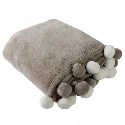 plaid-coral-fleece-avec-pompons-100-polyester-gris-naturel_49890