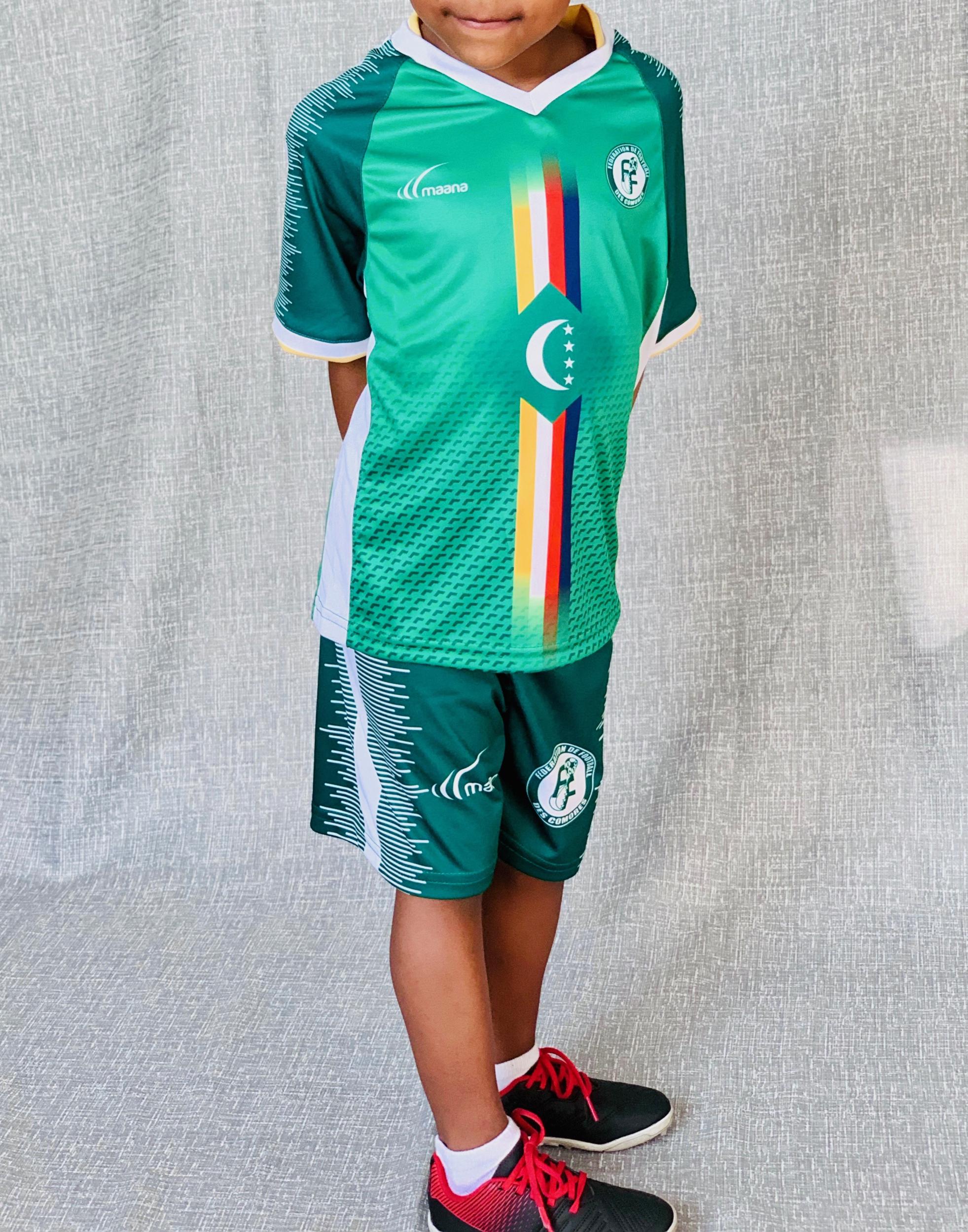 Ensemble (maillot + short) des Comores domicile 2018-2019 // ENFANT