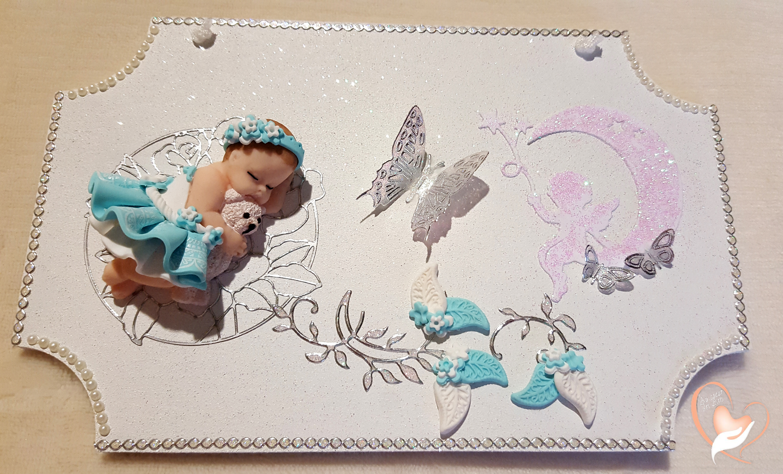 Plaque de porte bébé fille bleu turquoise et blanc au coeur des