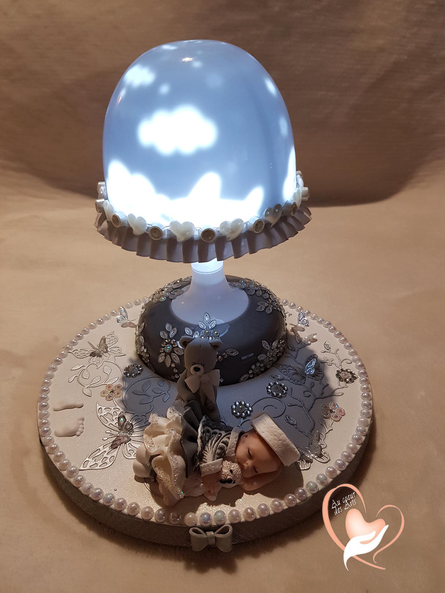 Au Socle Bois Fille De Sur Lampe Veilleuse Chevet En Lumineuse Bébé lKFJT1c