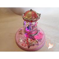 Veilleuse carrousel musical lumineux sur socle en bois bébé fille - au cœur des arts