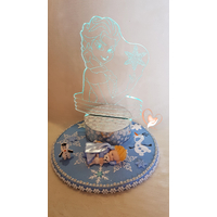 Veilleuse 3D sur socle en bois bebe fille reine des neiges - au coeur des arts