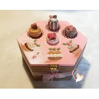 Boite hexagonale à biscuits ou chocolats - au coeur des arts