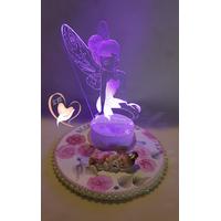 Veilleuse 3D lumineuse sur socle en bois bébé fille fée clochette - au coeur des arts