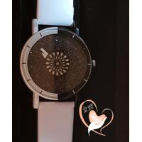 Montre fantaisie  bracelet blanc avec cadran rotatif - au cœur des arts