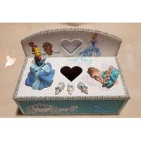 Boîte à lingettes ou à mouchoirs bébé fille cendrillon