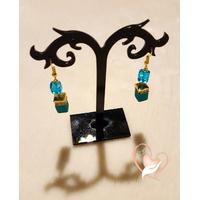 Boucles d'oreille perle de polaris bleues, plaqué or